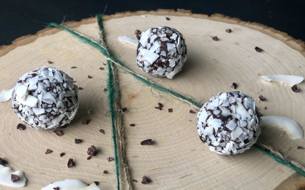 raw coconut chocolate truffles – YUM