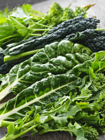 benefits of dark leafy greens
